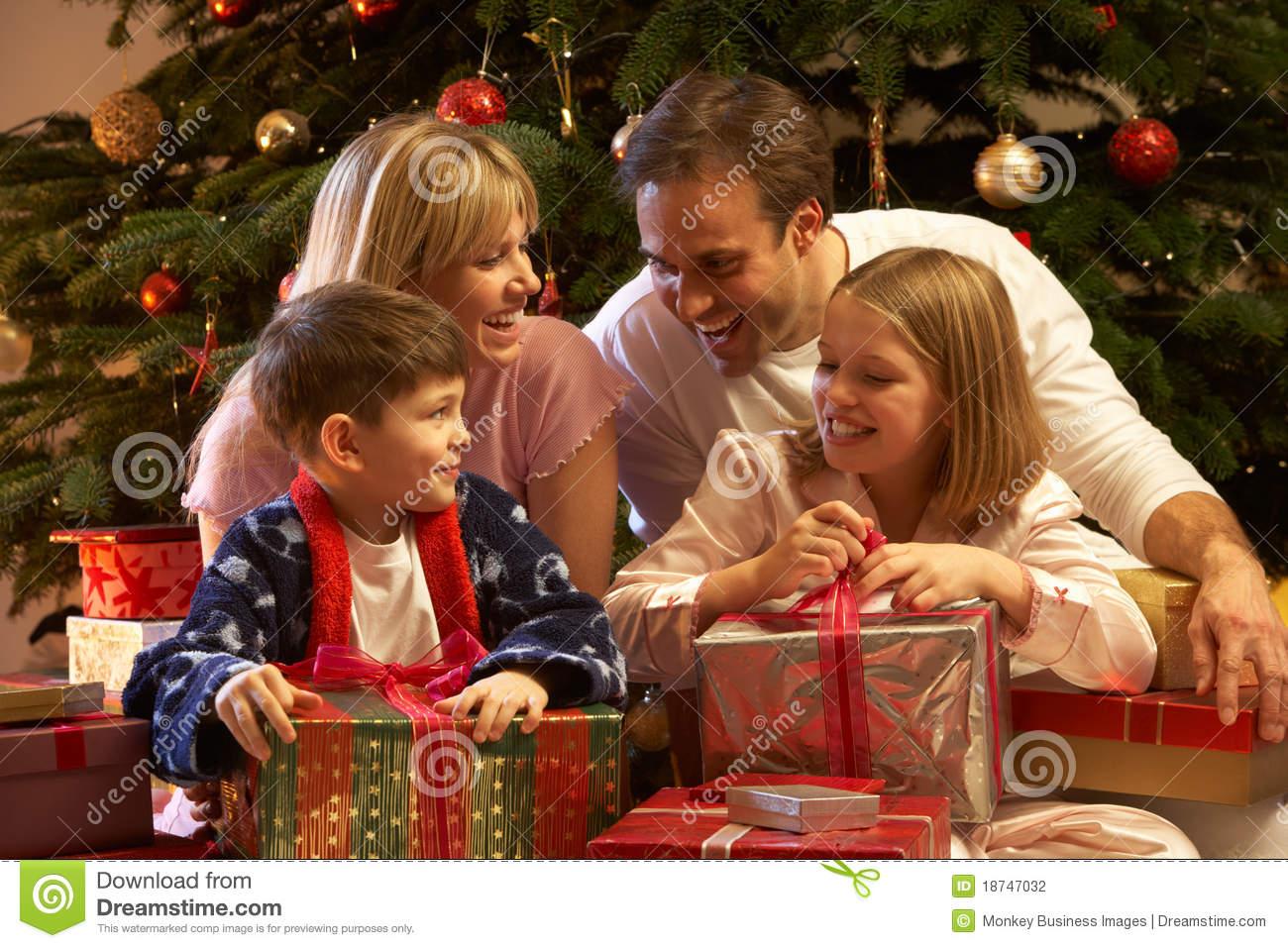 Новый год 2017 сценарии для семьи